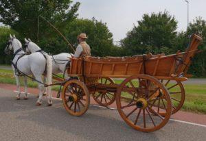 Platte wagen - Charon Uitvaartbegeleiding